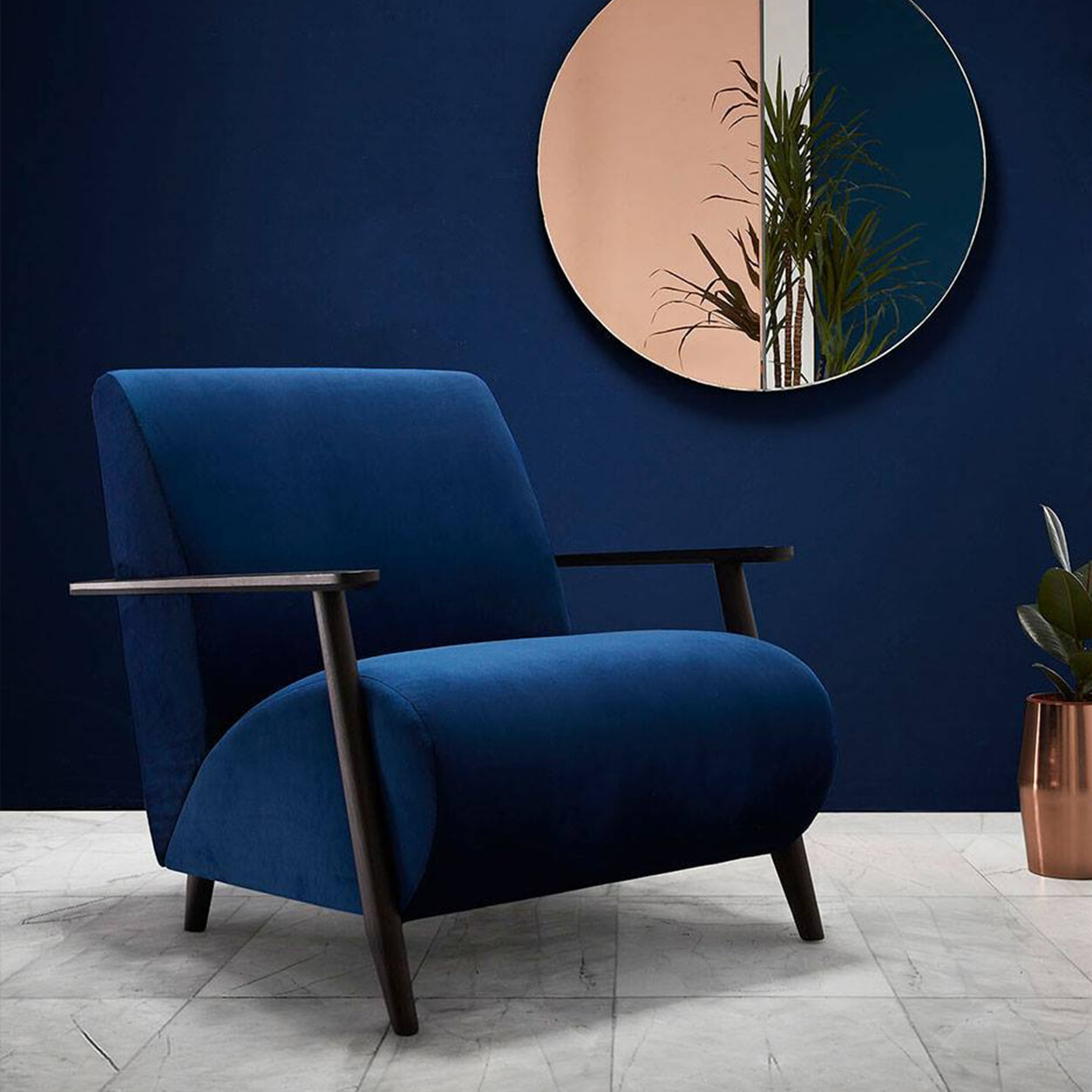 Kave Home Fauteuil 'Meghan' Velvet, kleur Donkerblauw