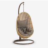 Kave Home Hangstoel met standaard 'Cira', kleur Naturel