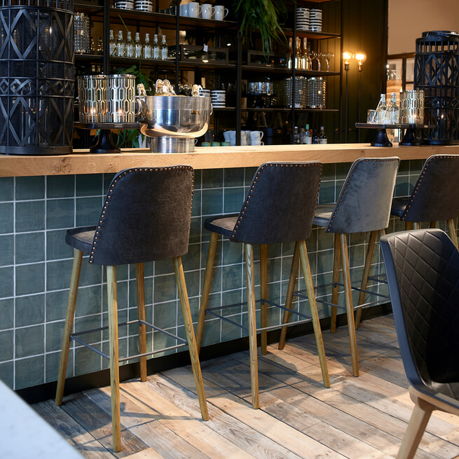 Rivièra Maison Barstoel 'Vegas' zithoogte 78cm, Pellini, kleur Espresso