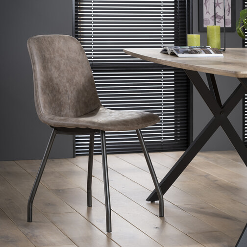 Zwarte eetkamerstoelen kopen lage prijzen meubelpartner for Zwarte eetkamerstoelen