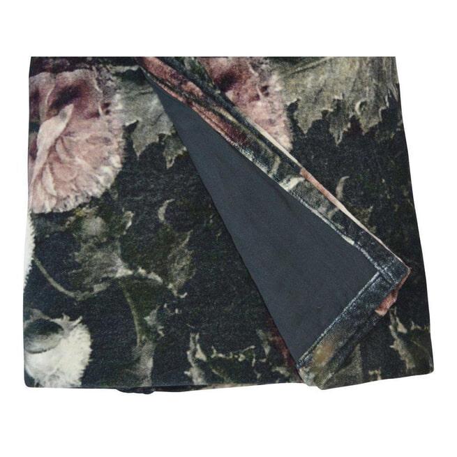 PTMD Plaid 'Vajen', Velvet, 170 x 130cm, kleur Zwart