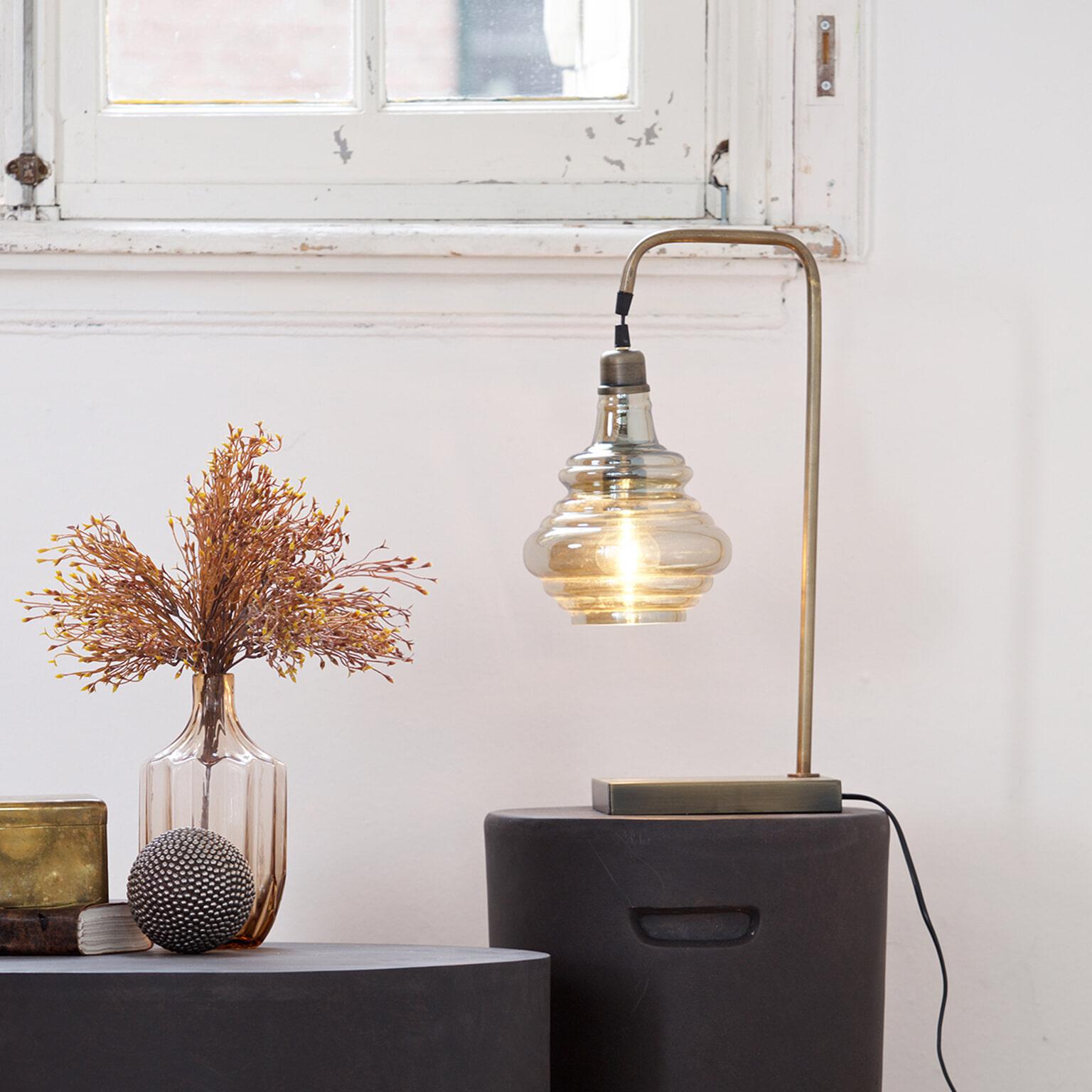 BePureHome Tafellamp 'Obvious', kleur Antique Brass Metaal met Antique Brass afwerking en glazen kelk aanschaffen? Kijk hier!