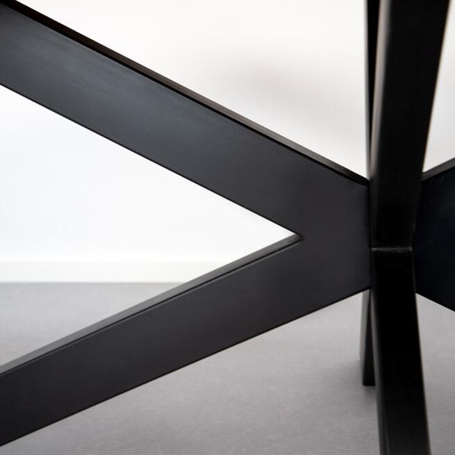 Sohome Ovale Eettafel 'Yannick' Mango met staal