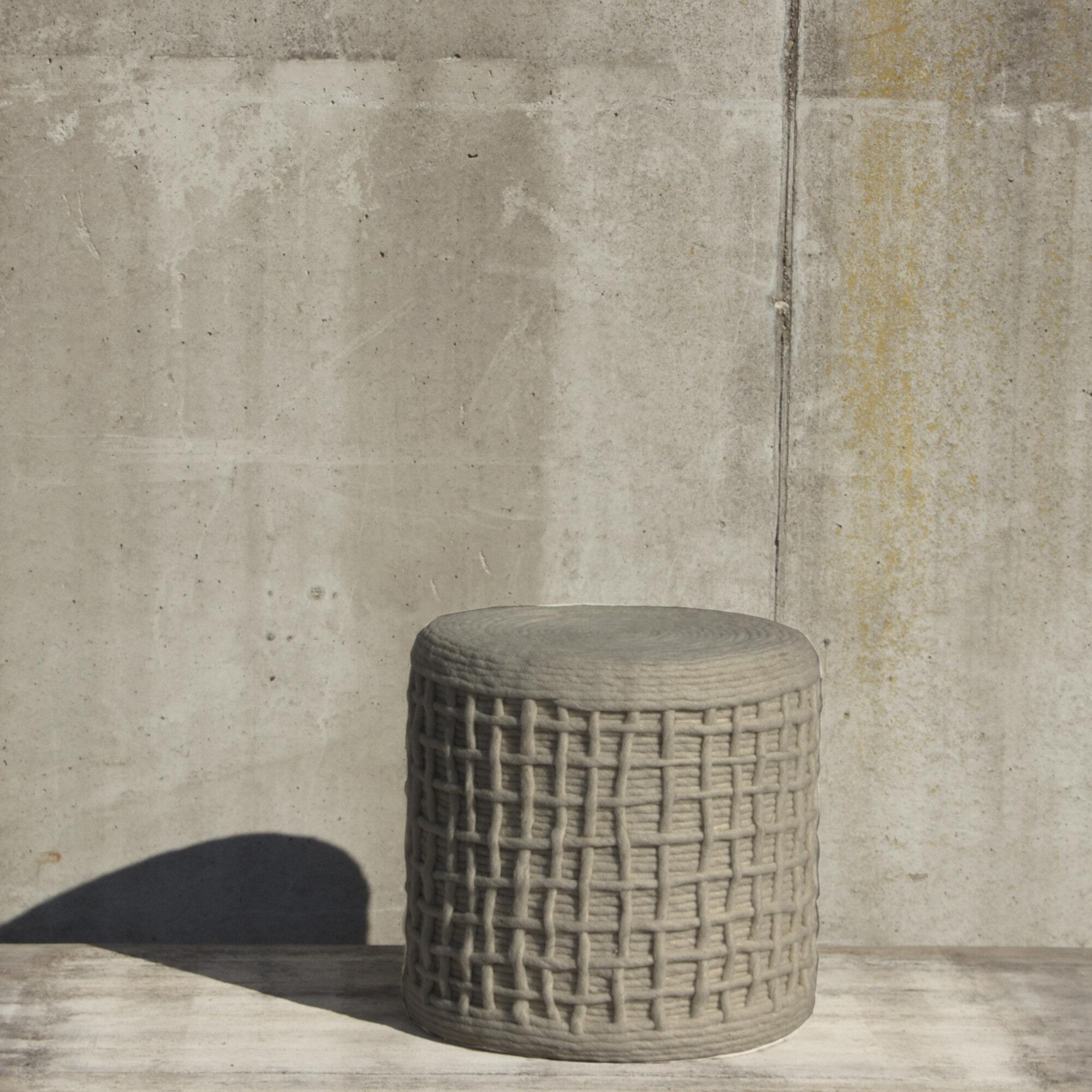 By-Boo Poef 'Wool braided' 40 x 40 x 45cm, kleur beige