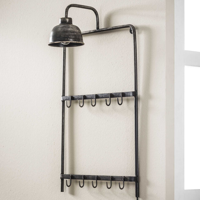 Industriële Kapstok 'Antonie' met lamp