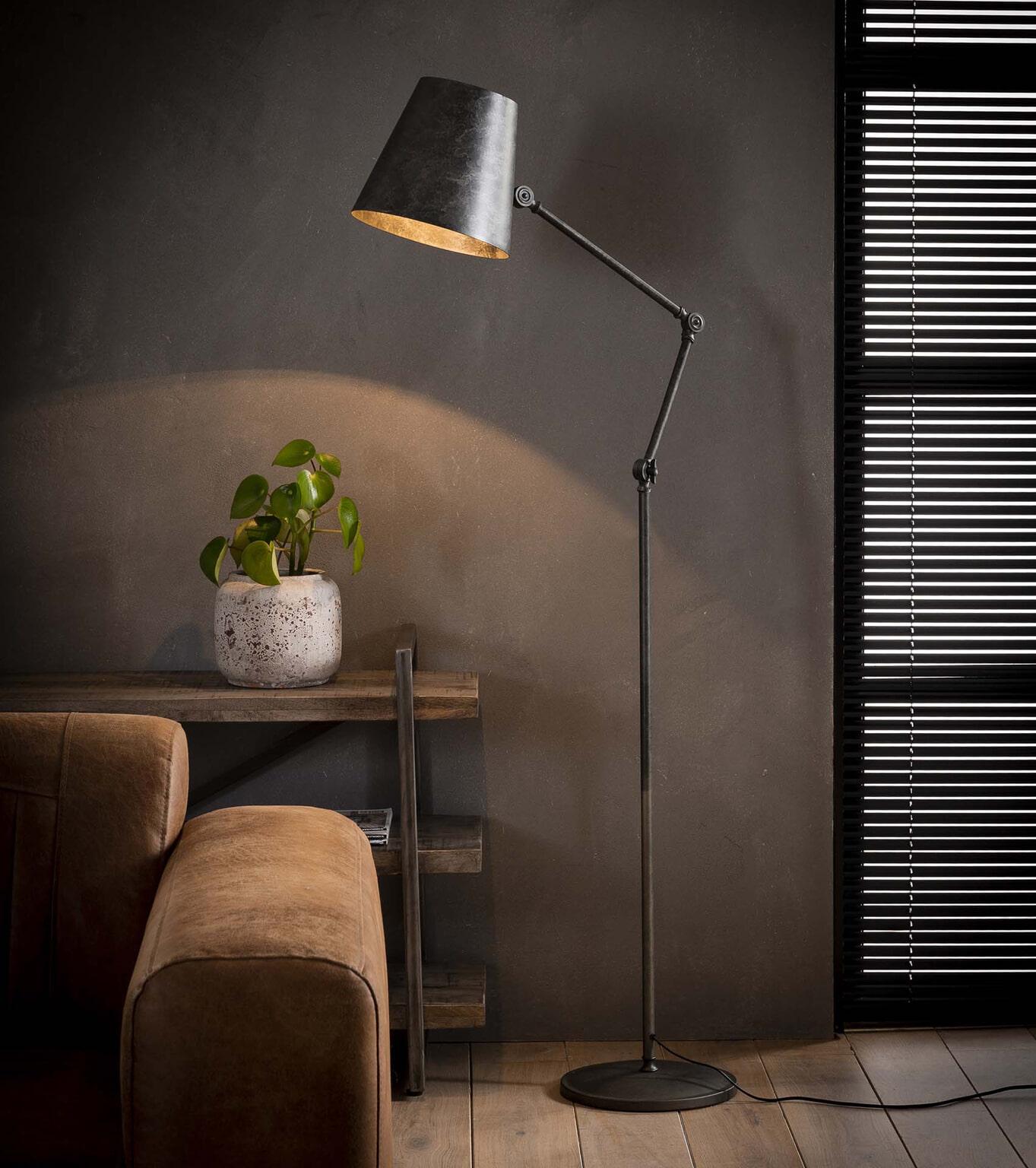 industriële vloerlamp heath | meubelpartner