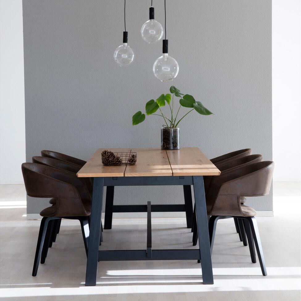 Interstil Eettafel 'Elli' eiken, 220 x 95cm Tafels | Eettafels vergelijken doe je het voordeligst hier bij Meubelpartner