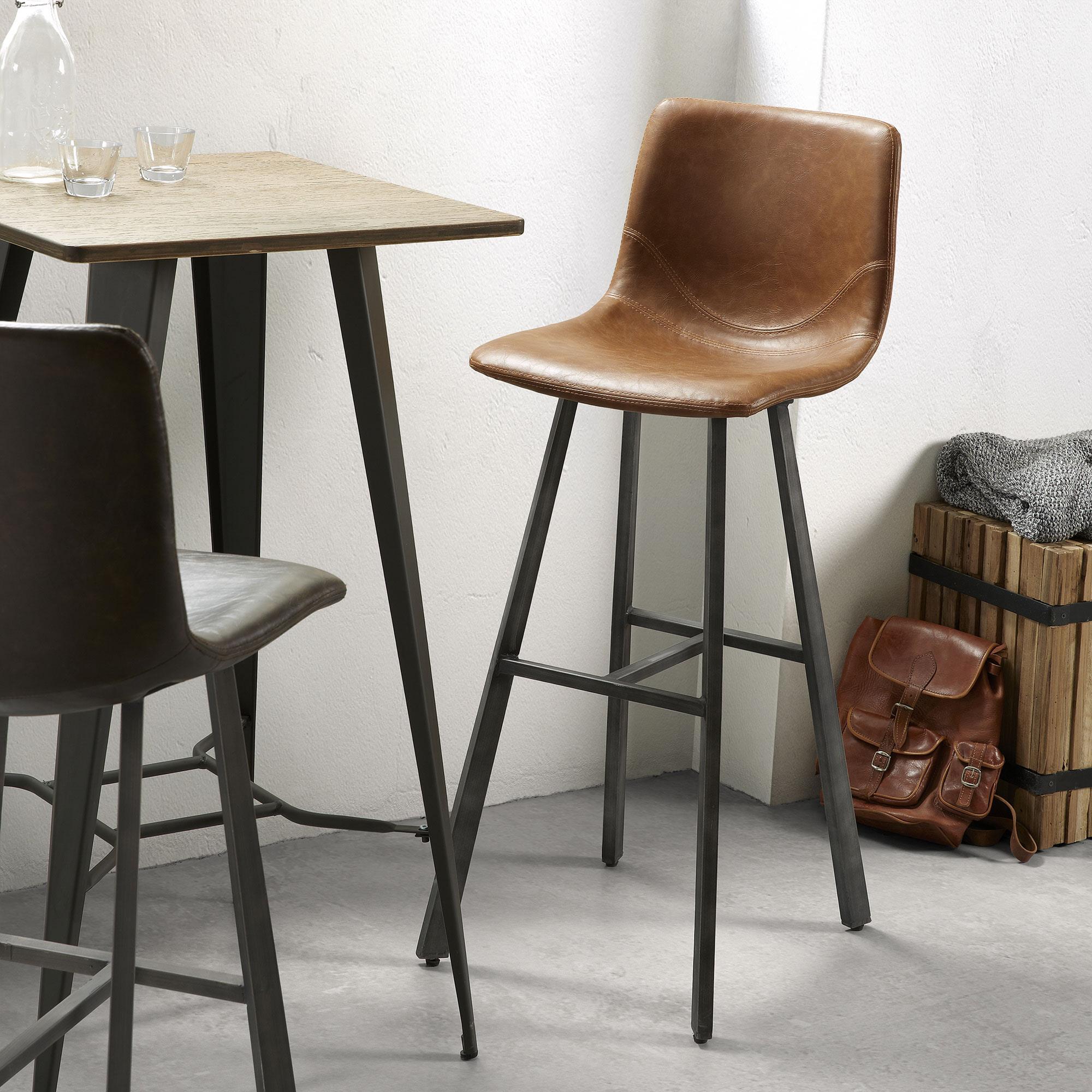 Kave Home Barkruk 'Trap' (zithoogte 81cm), kleur cognac Zitmeubelen | Barkrukken & Barstoelen vergelijken doe je het voordeligst hier bij Meubelpartner