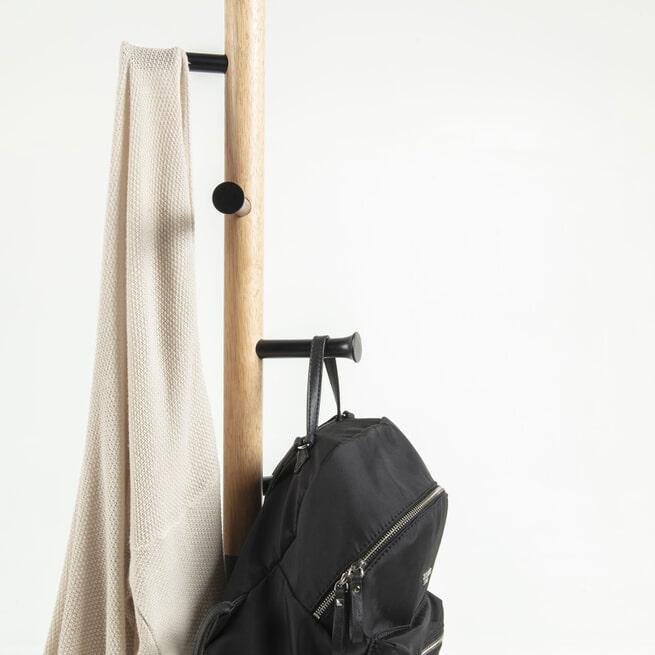 Kave Home Staande Kapstok 'Chenai', kleur Zwart