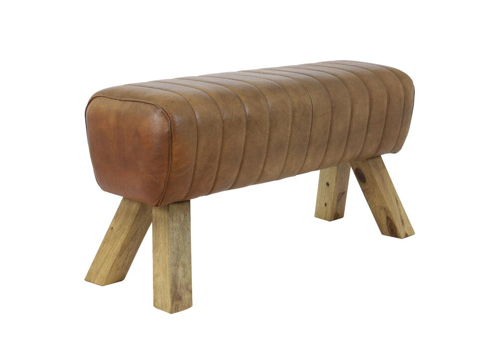 Op SlaapkamerComfort: Alles voor slapen is alles over meubelen te vinden: waaronder meubelpartner en specifiek Light & Living Bank Ramy Leder, kleur Bruin (Light--Living-Bank-Ramy-Leder-kleur-Bruin31768)