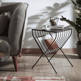 Kave Home Bijzettafel 'Mairy' met tijdschriftenhouder, 41 x 36cm